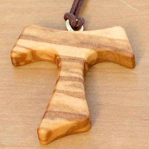 Croix Tau sur cordon en bois dolivier  croix de